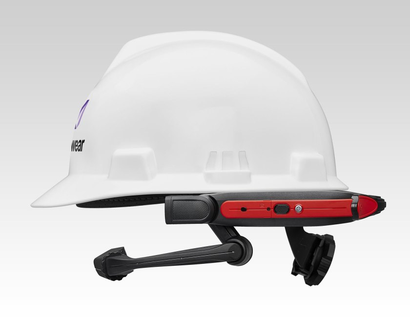 HIGH_RES_-_HMT-1Z1_clipped_on_Hardhat